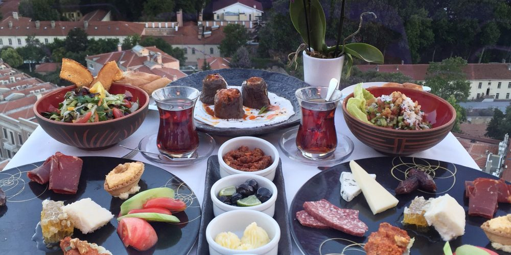 İstanbul'daki En İyi İftar Menüleri